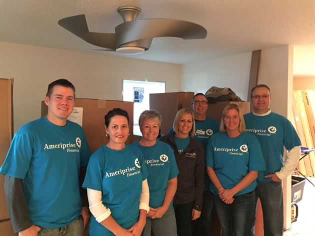 2015 Ameriprise Habitat Day