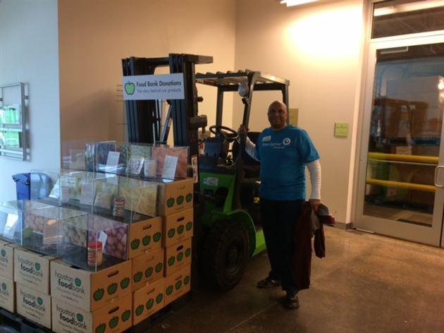 Volunteering - Houston Food Bank