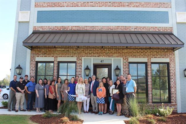 Wellspire Financial Ribbon Cutting