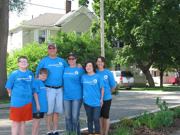 2015 Ameriprise Day of Service