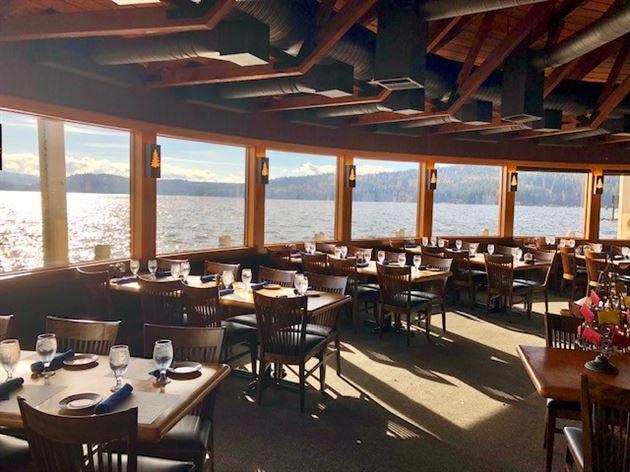 Cedars Floating Restaurant 2018