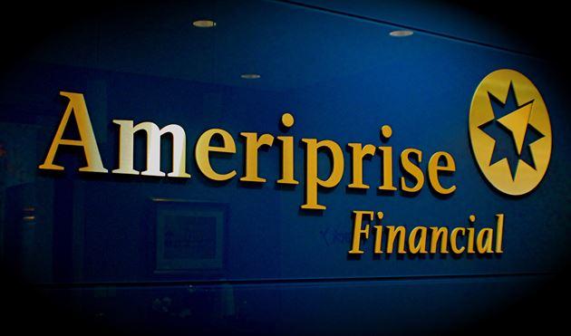 Ameriprise at Lynn Financial Center