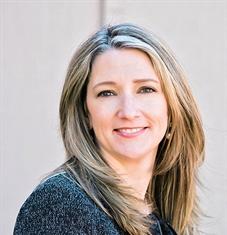Kathy J Bauers