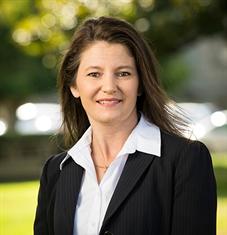 Tiffany Chona-Giessinger Ameriprise Financial Advisor