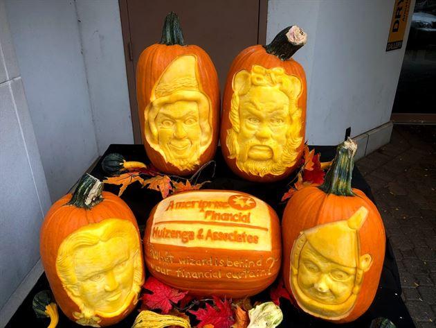Holland Fall Fest - Pumpkin Carving